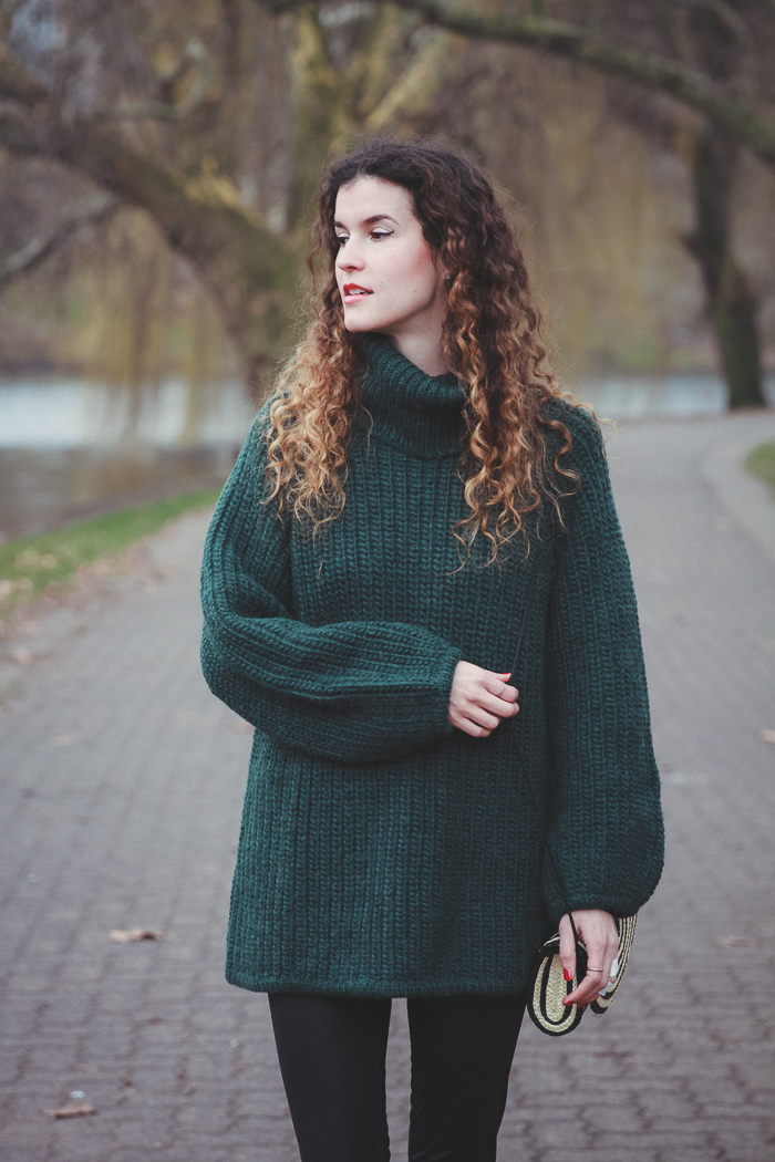 green sweater (2 von 3)