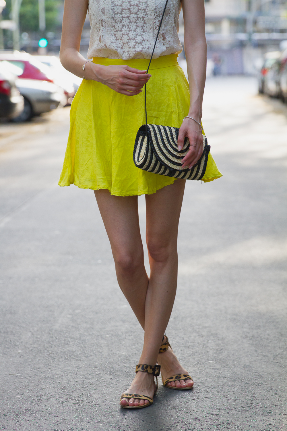 yellow skirt (1 von 7)