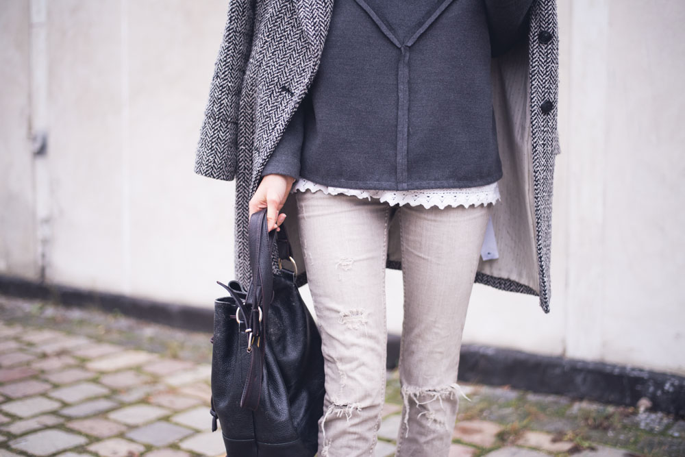 grey winter outfit (1 of 2)
