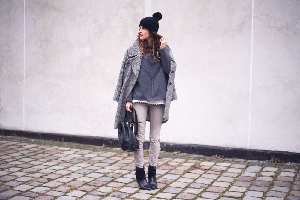 grey winter outfit (2 of 2)