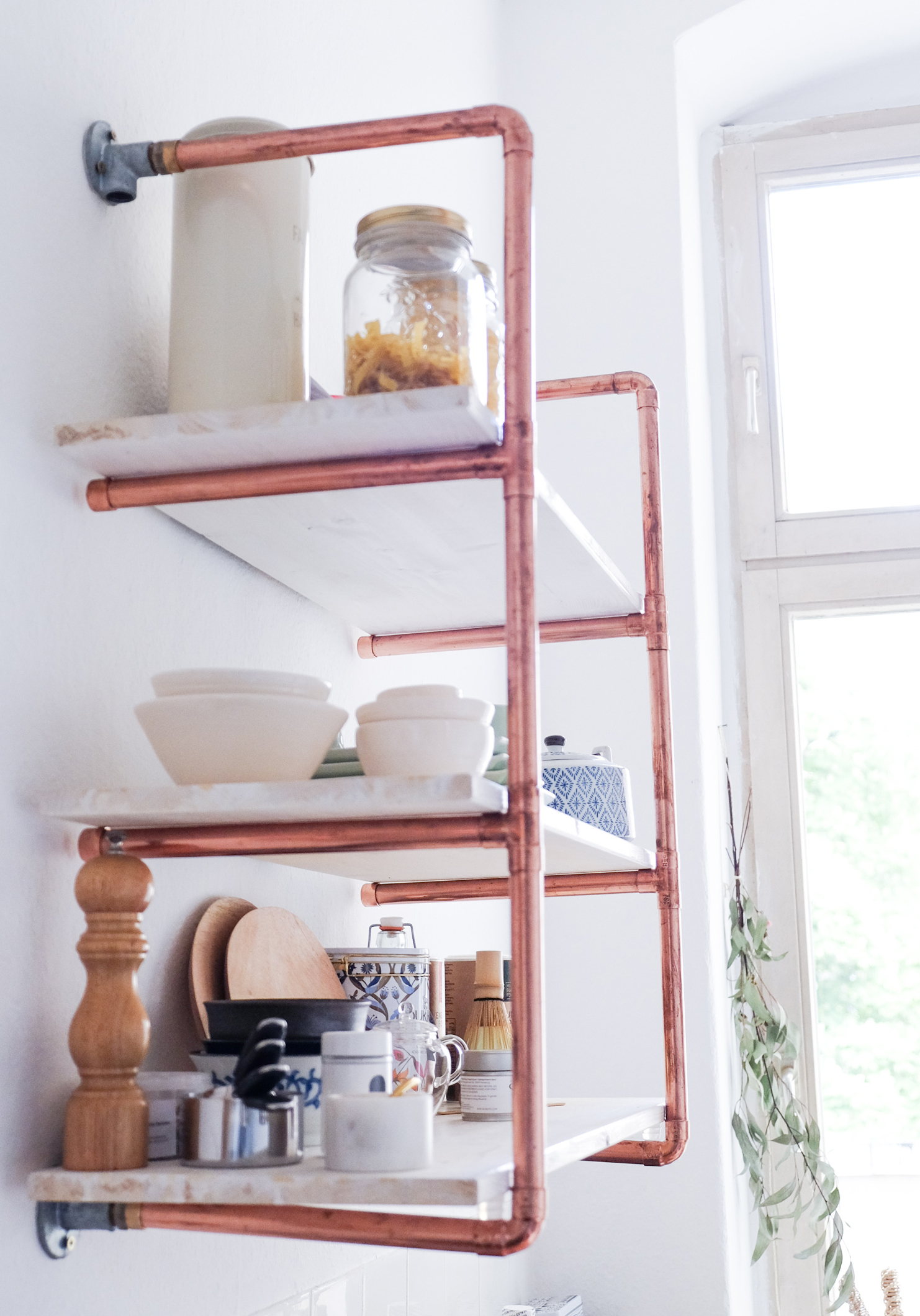 diy copper pipe shelf