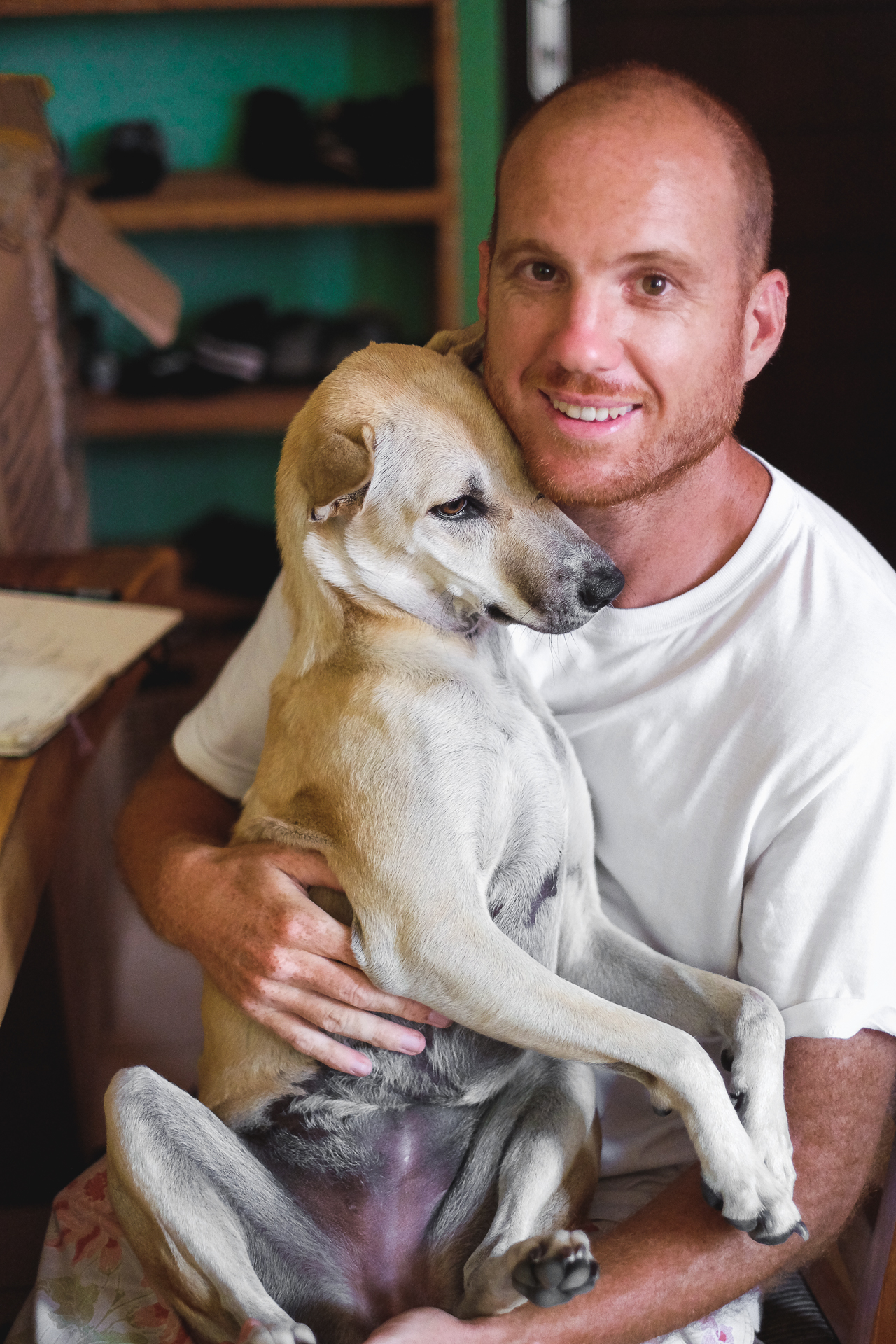 Mitgruender Kai und sein Hund Bean