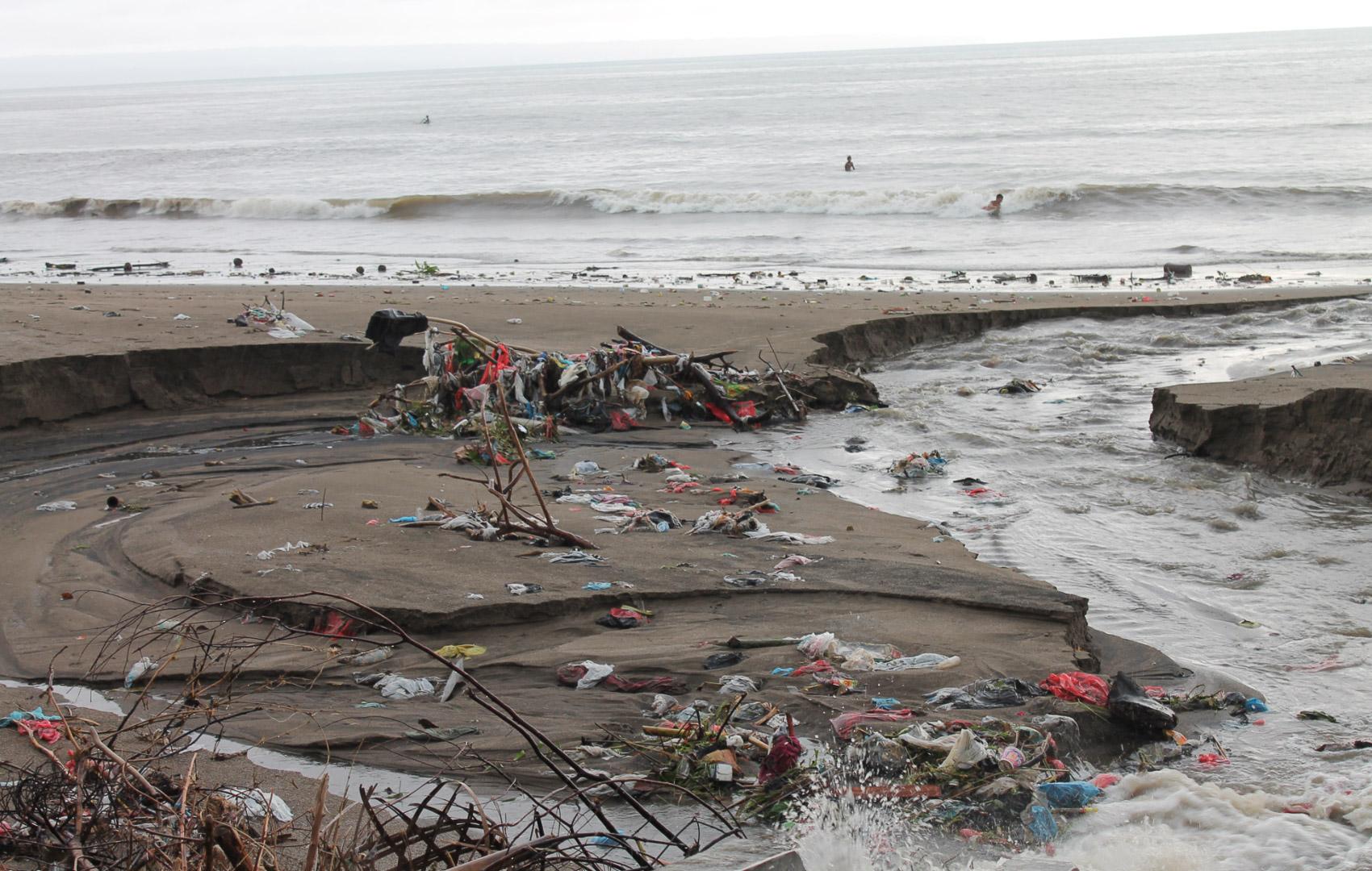 Making Oceans Plastic Free