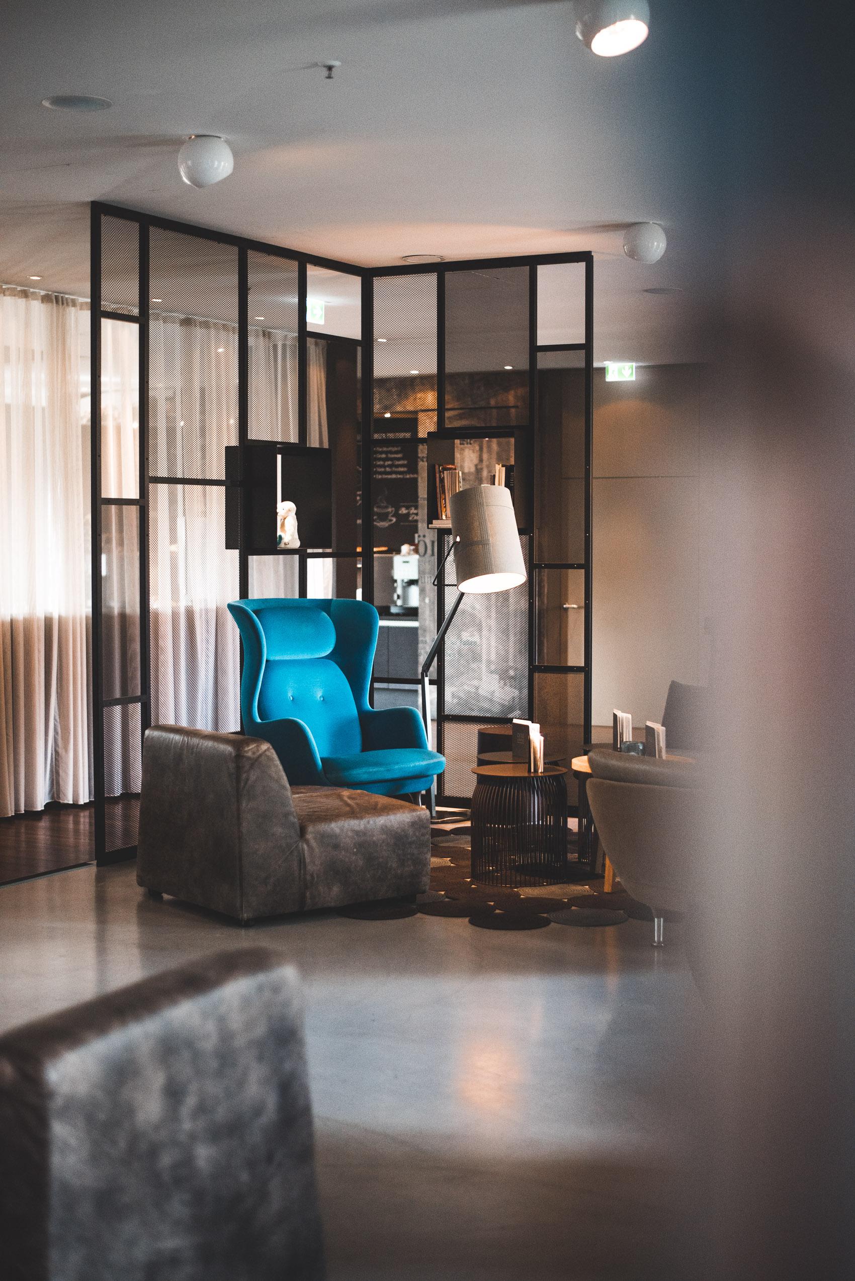 How to Design Like a Pro - 5 Hotel Design Secrets - heylilahey.