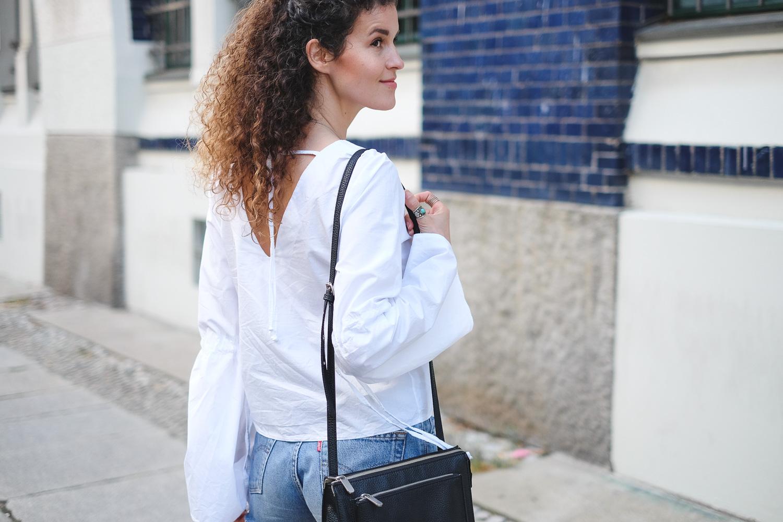 white blouse-1-2