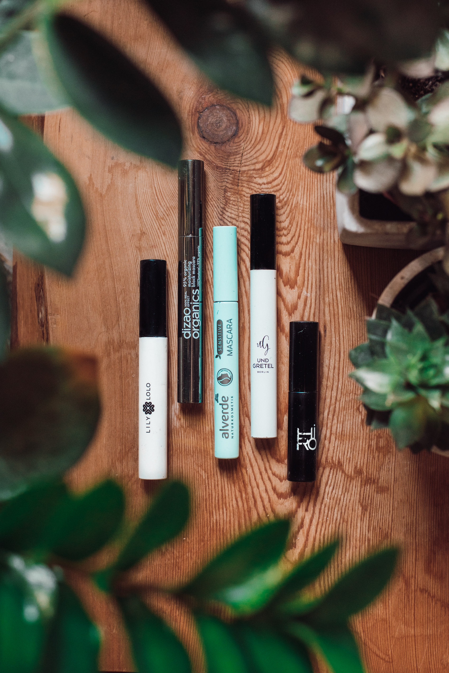615df2d4a0a The Best Natural Cosmetics Mascaras - my favorites! - heylilahey.